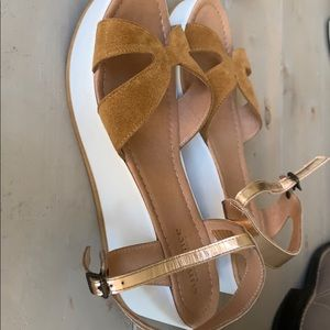 Sundance made in italy wedge sandals sz 41